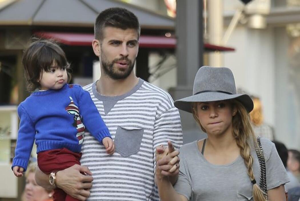 En esa ocasión dejaron con su niñera al pequeño Milan.Mira aquí los vide...