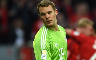 Neuer fue operado y es duda para defender el arco del Bayern ante el Real