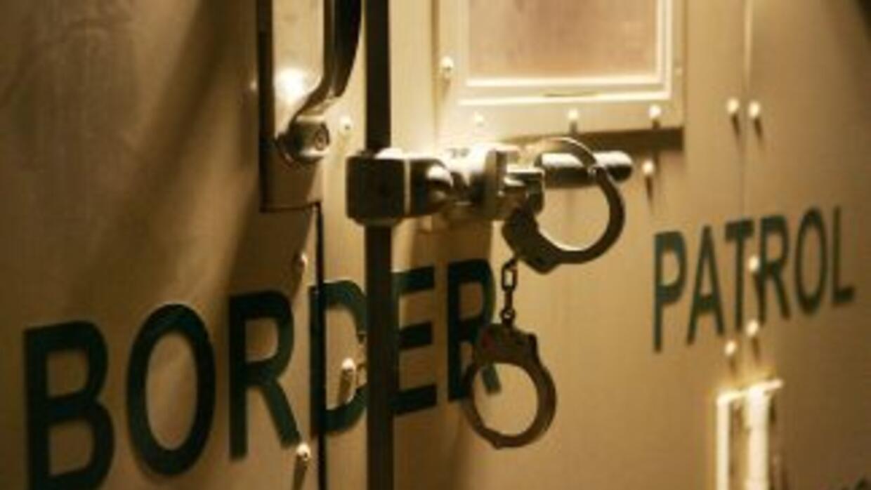 Miembros de la patrulla fronteriza detuvieron en costas de California a...