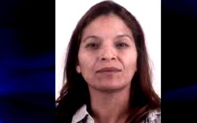 Mujer acusada de votar bajo fraude entre 2005 y 2014 como residente obtu...