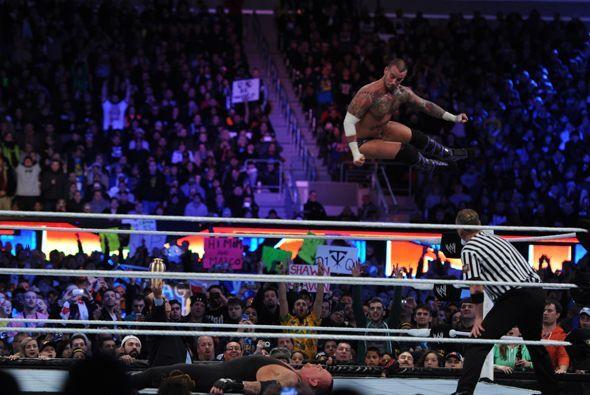 Nadie esperaba que ganase CM Punk, pero por momentos parecía que esa era...