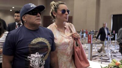 La novia de ex futbolista confirmó boda