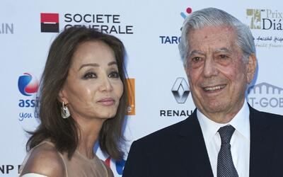 Escritor peruano Mario Vargas Llosa le propone matrimonio a Isabel Preys...
