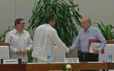 Las FARC y el gobierno colombiano firman un nuevo acuerdo de paz