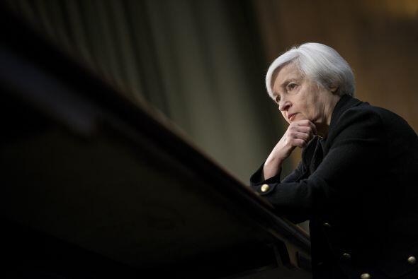Yellen, que pareció empeñada en transmitir tranquilidad a...