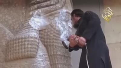 El Estado Islámico está destruyendo importantes tesoros arqueológicos de...