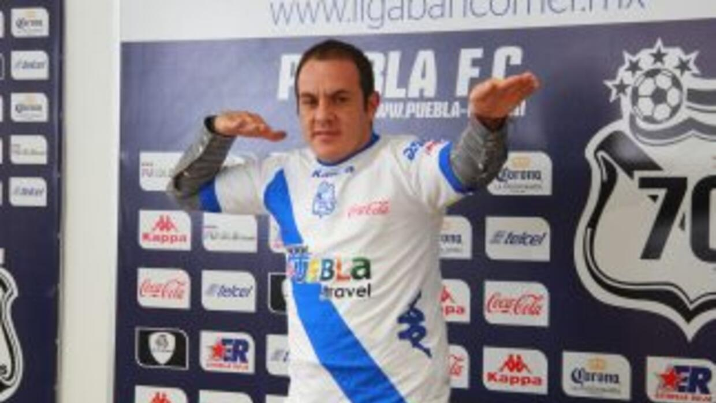 Cuauhtémoc Blanco, presentado como jugador del Puebla.