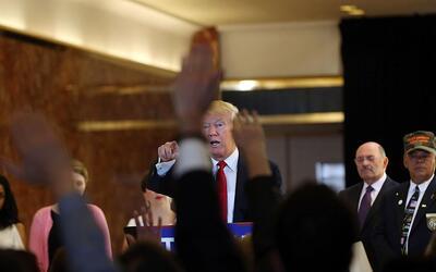 Trump durante una rueda de prensa en la Torre Trump de Nueva York el 31...