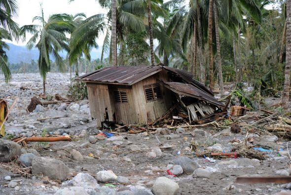 Indicó que mil 311 viviendas quedaron completamente destruidas y...
