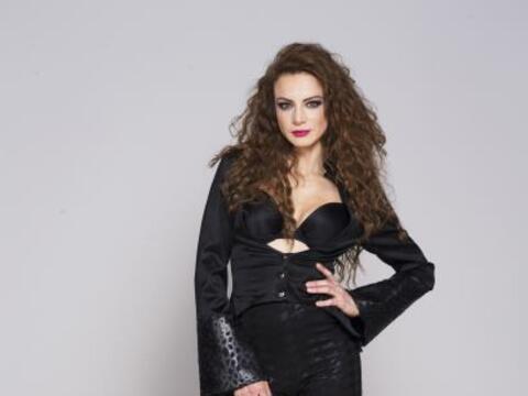Silvia Navarro luce más guapa que nunca.