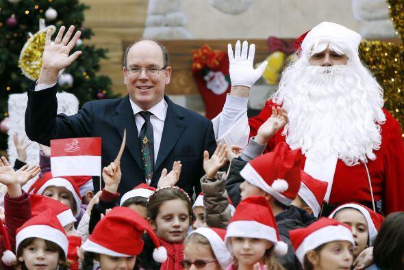 En Mónaco hasta se dejó ver al lado del Príncipe Al...