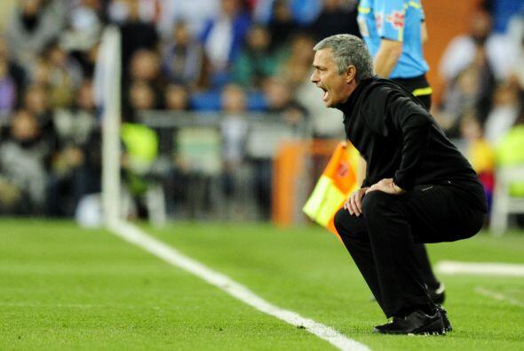 La posición de José Mourinho es muy curiosa, sufrió el agónico empate en...