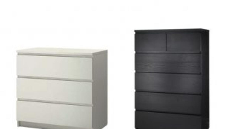 La cómoda de modelo MALM de la tienda IKEA.