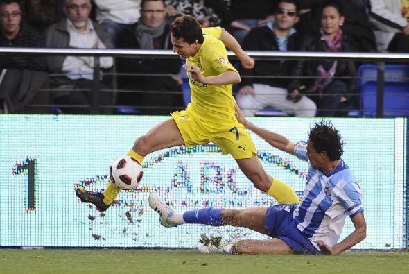 El Villarreal intentaba tener la posesión de la pelota, pero los...