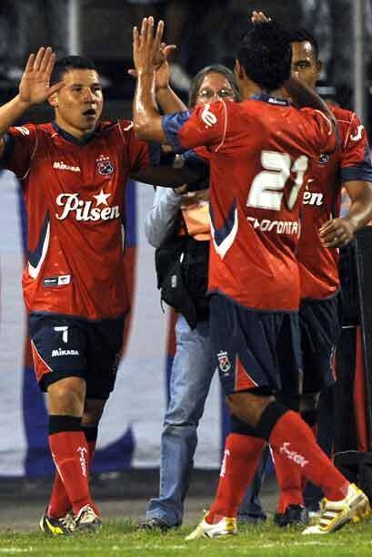 Luis Arias  anotó el único gol y con el triunfo Medellín puede aspirar a...