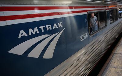 Algunos de los más afectados por posibles cortes en Amtrak viven...