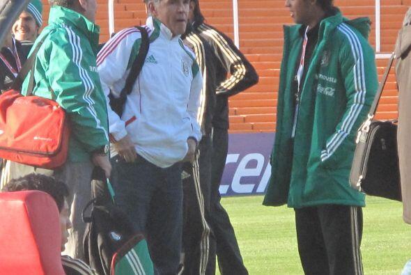 Giovani Dos Santos ha mantenido el buen ánimo desde su llegada a la Copa...