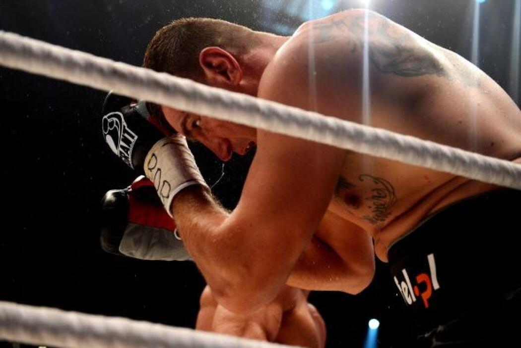 Wash mostró mucho aguante pero poco boxeo.