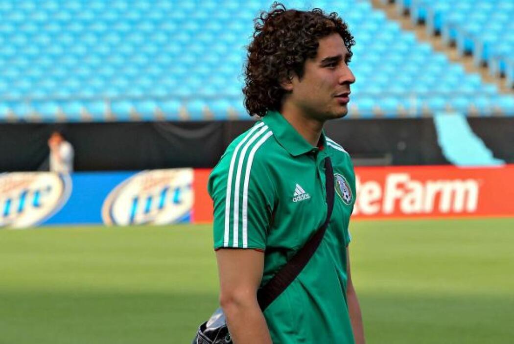 Ochoa y cuatro jugadores más de la Selección Mexicana, dieron positivo e...