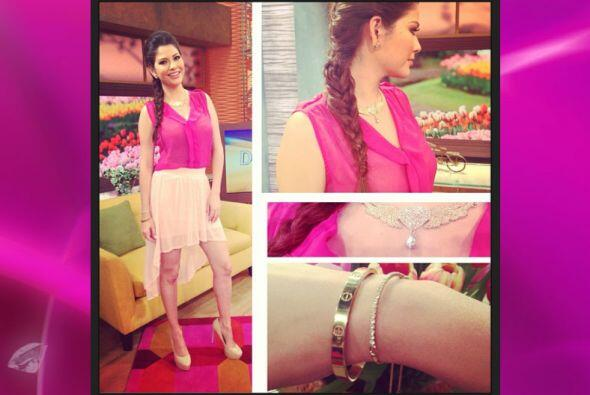 Su peinado favorito son las trenzas y su color favorito el rosado &iques...