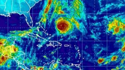 Imagen satelital del huracán Gonzalo tomada el viernes,