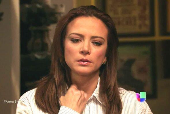 Piedad cuenta a Camila sobre las cartas y ahora tendrá con que defender...