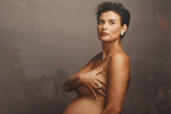 La actriz Demi Moore fue la primera que se atrevió a posar embarazada y...