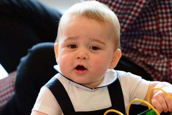 El príncipe George llega esta semana a su primer añito de...