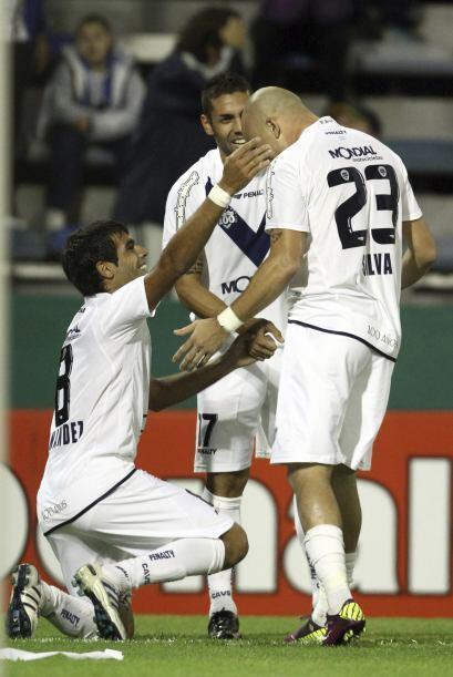 Todo lo contrario para Vélez que dirige Ricardo Gareca. Es punter...