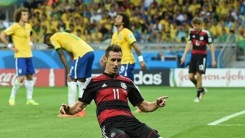 Miroslav Klose en el histórico 7-1 de Alemania a Brasil en el Mundial 2014.