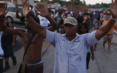 Continúan las protestas en Ferguson