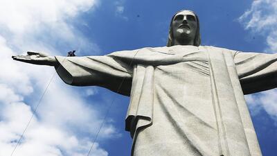 El gran milagro del mundo espiritual es la resurrección de Cristo