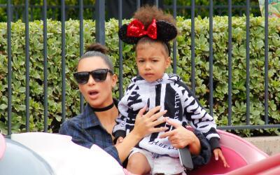 Kim Kardashian y North West pasaron el día en Disney.