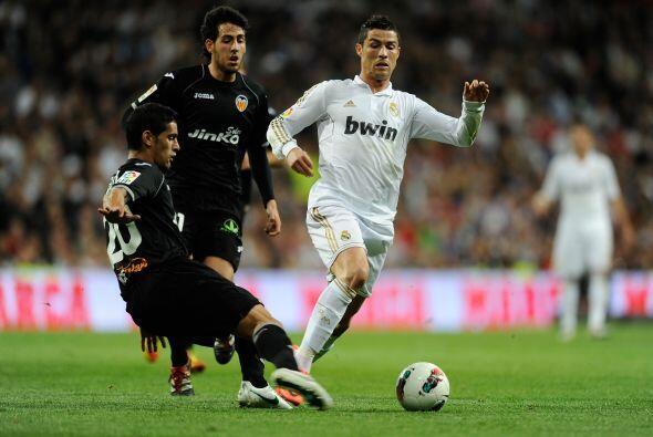 Cristiano comandaba a sus compañeros en cada jugada de ataque, ll...