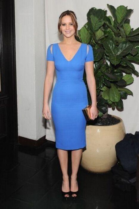 Jennifer Lawrence es otra mujer que adora los diseños de Victoria Beckha...