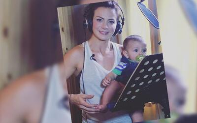 Silvia Navarro y su hijo León.