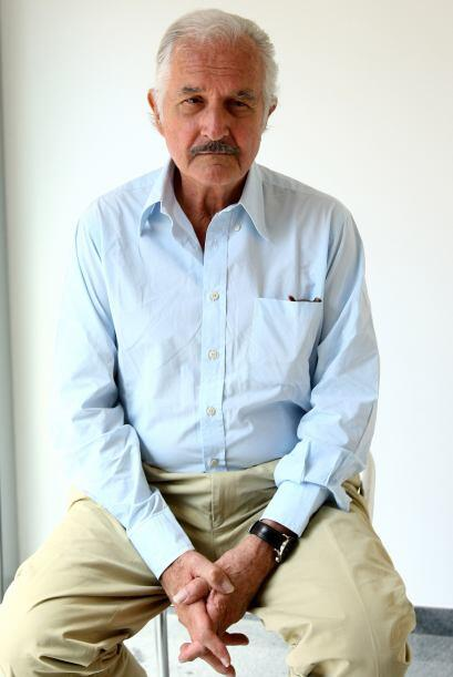 15 de mayo. Carlos Fuentes, 83 años de edad. Fue uno de los escritores m...