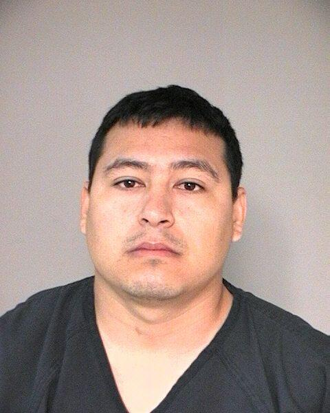 El detenido fue identificado como José Ángel Ortuno Gonz&a...