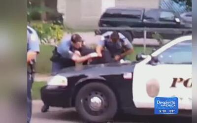 Terrible abuso policial captado en cámara
