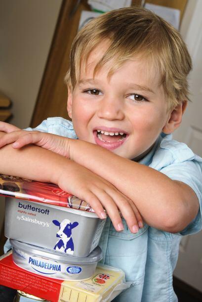 Charlie, un niño que sufre de epilepsia, se curó gracias a su dieta basa...