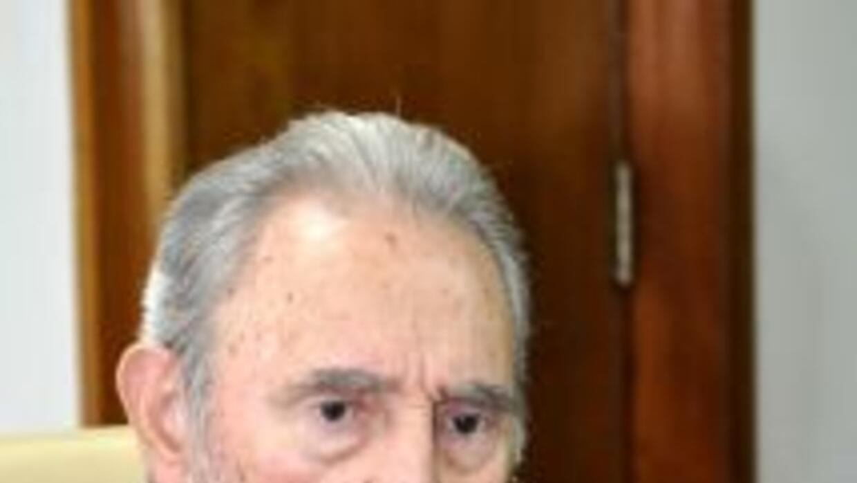El líder cubano Fidel Castro vaticinó sobre una posible guerra nuclear y...