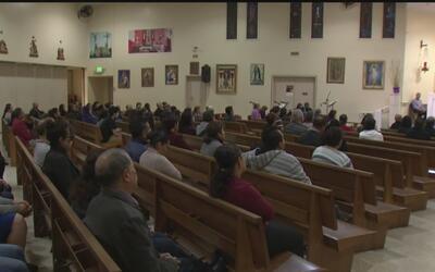 Así se preparan las Iglesias católicas de Los Ángeles en caso de que ICE...