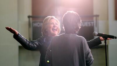 Hillary Clinton en acto de campaña en California el viernes 6 de...