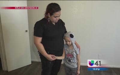 Madre de familia de San Antonio pide ayuda luego de que una fuga de agua...