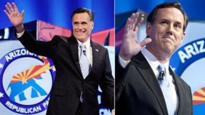El aspirante a la nominación presidencial republicana Mitt Romney se imp...