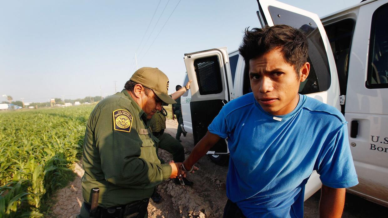 La Patrulla Fronteriza de EEUU puede detener a un inmigrante hasta un pl...