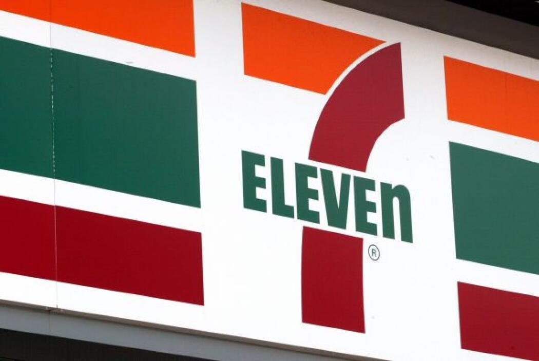 Por eso después adoptaron el nombre de 7 eleven.