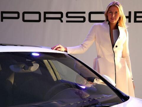 """""""Crear y determinar las especificaciones de un Porsche Panamera muy pers..."""