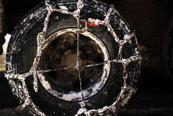 Imagen de las cadenas que deben utilizar los neumáticos ante las extrema...