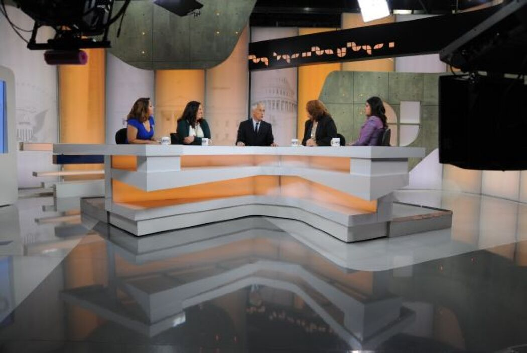 Jorge Ramos presenta un debate en 'Al Punto' e9b6742f30d8483981ad72378db...